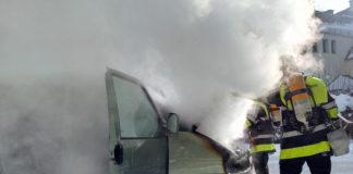 Harlaching: Kleinbus ausgebrannt