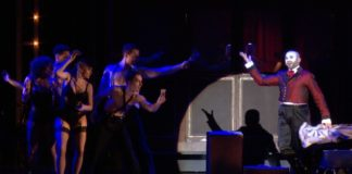 Umjubelte Premiere des Musical-Klassikers Cabaret im Deutschen Theater München