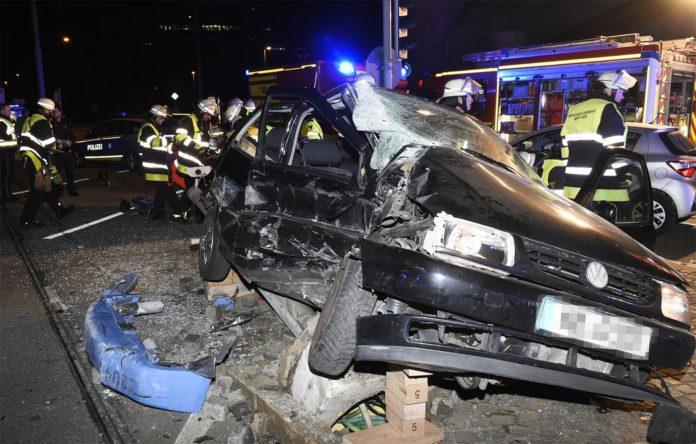 Schwerer Verkehrsunfall mit Tram