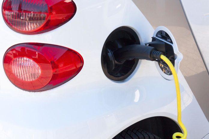 Städtische Beschäftigte dürfen E-Autos im Dienst kostenfrei laden