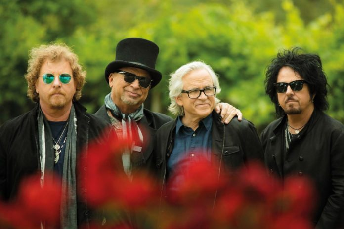 TOTO 40 Trips Around The Sun World Tour 2019 - Tollwood Sommerfestival 2019