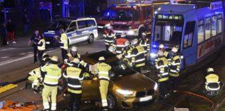 Verletzte bei Verkehrsunfall