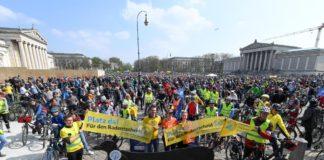 ADFC-Radsternfahrt lockte 15.000 TeilnehmerInnen auf die Straßen