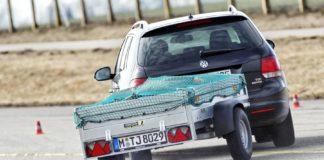 Zwei Pkw-Anhänger fallen im ADAC Test durch