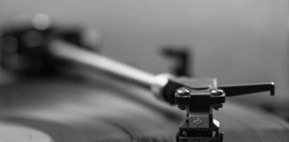 Vinyl trotz leichter Rückgänge weiter stark in der Nische
