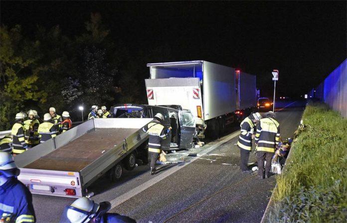 Schwerer Verkehrsunfall mit einem Verletzten (Eschenrieder Spange)