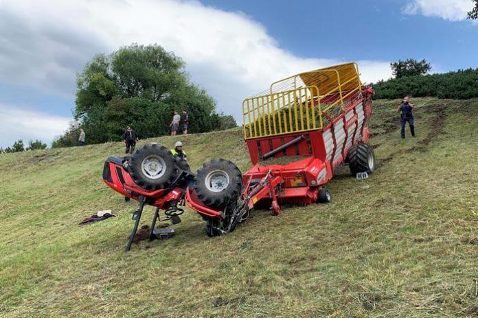 Olympiaberg: Traktor überschlägt sich bei Mäharbeiten