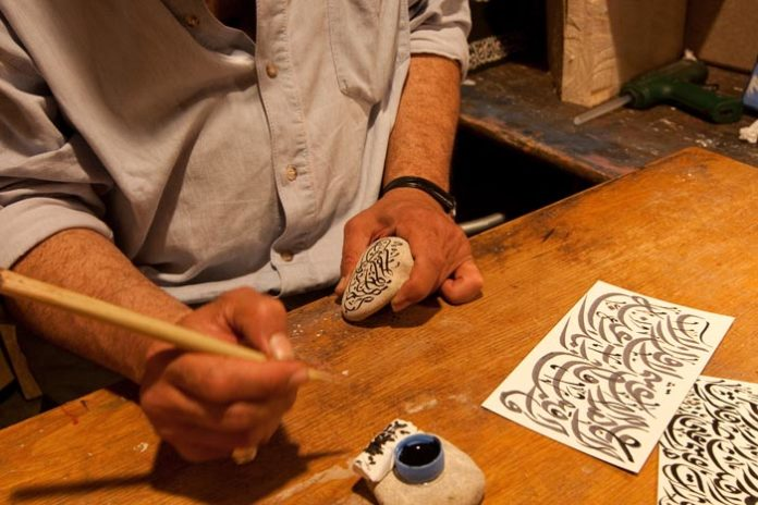 Junge Kunsthandwerker für das Tollwood Winterfestival 2019 gesucht