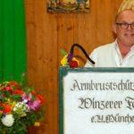 Jürgen Kirner präsentiert den offiziellen Oktoberfest-Maßkrug 2019