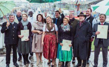 """Festhalle Schottenhamel ist """"Ausgezeichnetes Bayerisches Festzelt"""""""