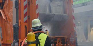 Brand im Müllwagen
