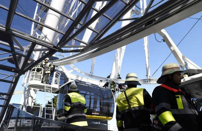 Brand im Verteilerkasten - 14 Menschen aus Hi-Sky Riesenrad gerettet