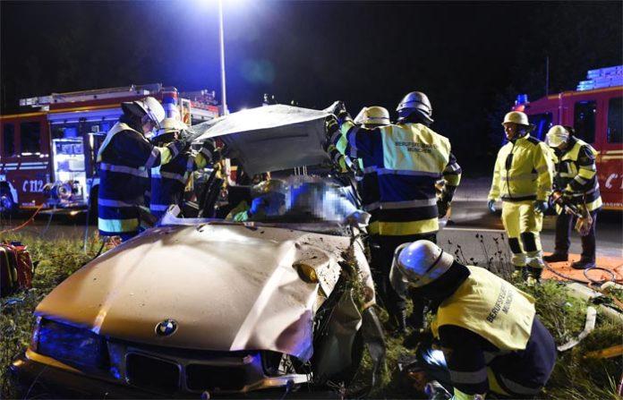 Schleißheimer Straße: Frau bei Unfall schwer verletzt