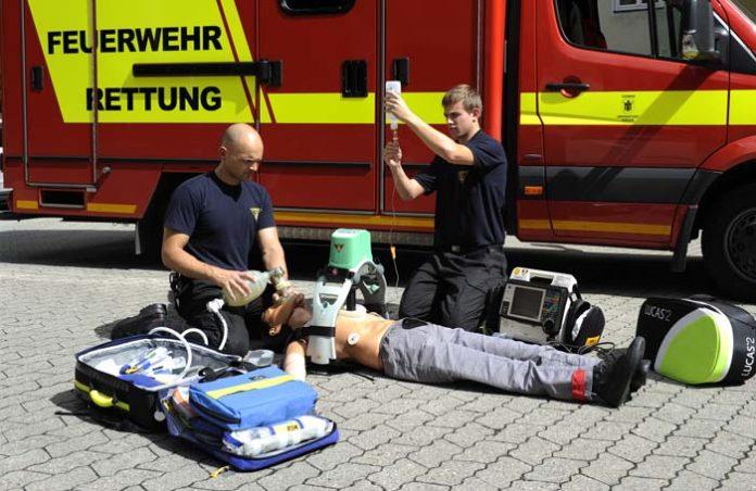 Mehr Herzen retten: Aktion der Berufsfeuerwehr und der München Klinik