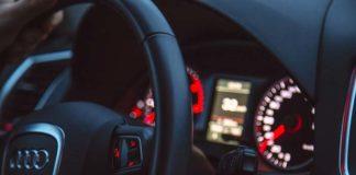 Mehrere Airbags aus Fahrzeugen geklaut