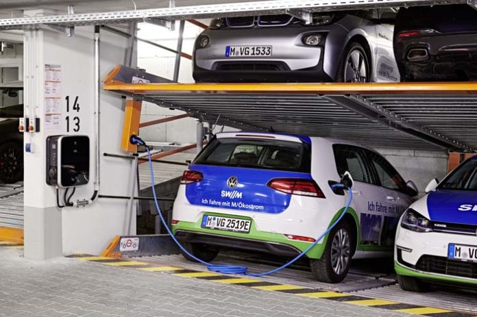 SWM Ladelösungen für Elektroautos in Multiparker-Parkgaragen