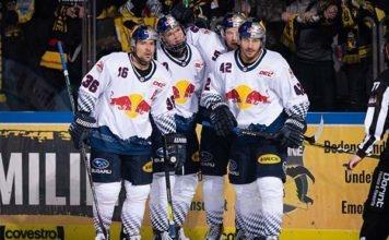 EHC Red Bulls gewinnen torreiche Partie gegen Krefeld