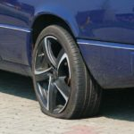 Mehrere Sachbeschädigungen durch Reifenstecher