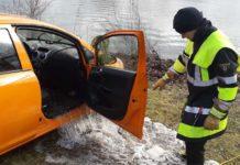 Mitarbeiter des Baureferats versenkt versehentlich Dienstwagen im Feldmochinger See