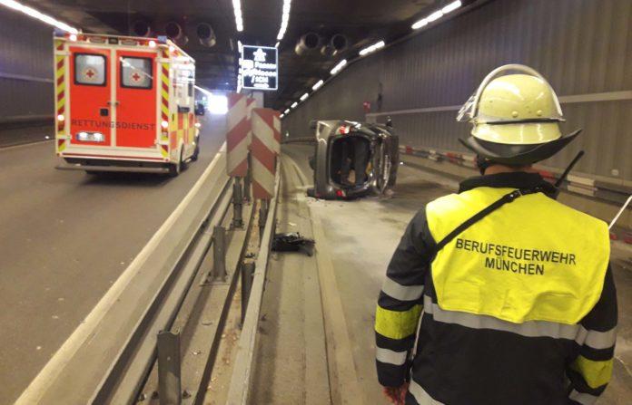 Bogenhausen: Verkehrsunfall im Tunnel