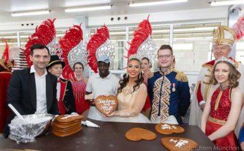 Närrischen Lebkuchenproduktion - Münchner Narrhalla e.V. zu Gast bei Zuckersucht