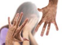 15-Jährige zu sexuellen Handlungen gezwungen