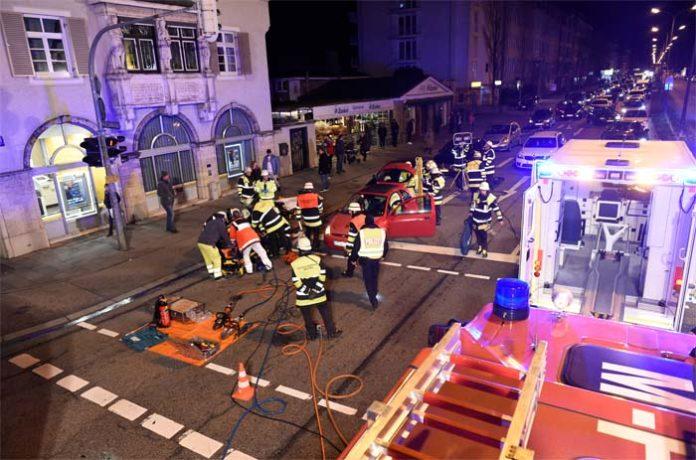 Hadern: Verkehrsunfall mit mehreren Verletzten