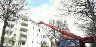 Neuhausen-Nymphenburg: Feuerwehr sichert Lastenschrägaufzug