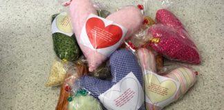 Herzkissen für Brustkrebspatientinnen