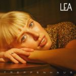 LEA küsst im Treppenhaus / Single & Video out now!