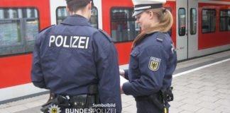 Widerstand mit fast 4 Promille - 49-Jähriger will S-Bahn nicht verlassen
