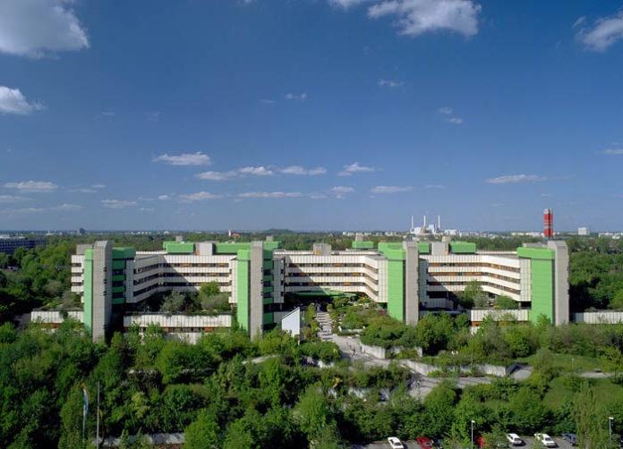 Bayerns Gesundheitsministerin besucht München Klinik Bogenhausen