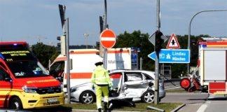 Verkehrsunfall mit LKW auf der A99 / Ausfahrt Germering
