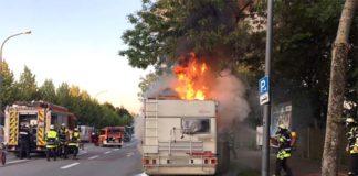 Wohnmobil brennt völlig aus