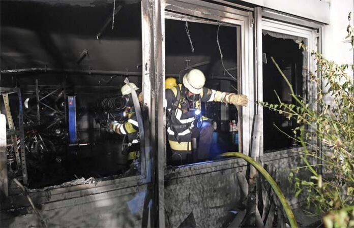Laim: Fahrradgeschäft vollkommen ausgebrannt