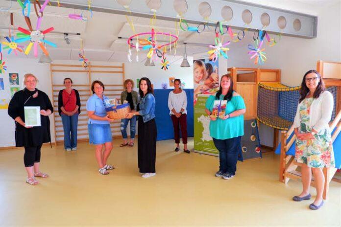 AWO-Haus für Kinder St.-Ingbert-Straße erhält Urkunde für die Verbesserung ihres Essenangebotes