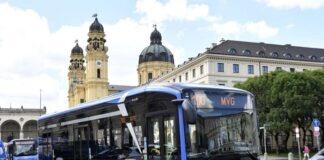Neuer E-Bus im Testeinsatz auf der Linie 100
