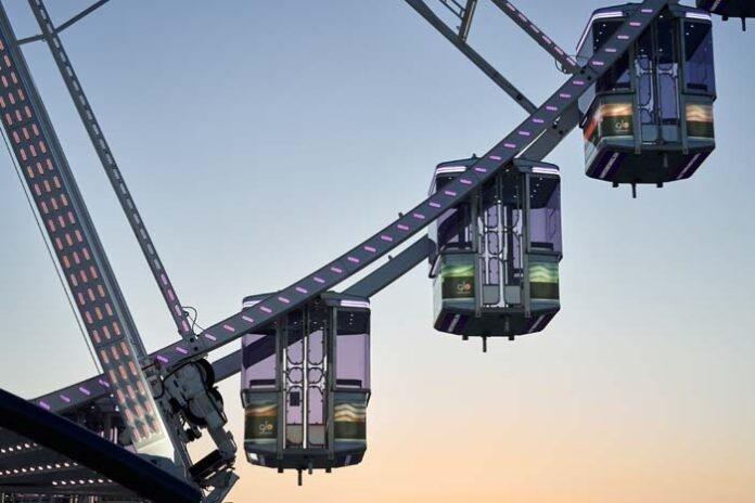 glo™ Wheel in München: Festival-Vibes 50 Meter über der Stadt