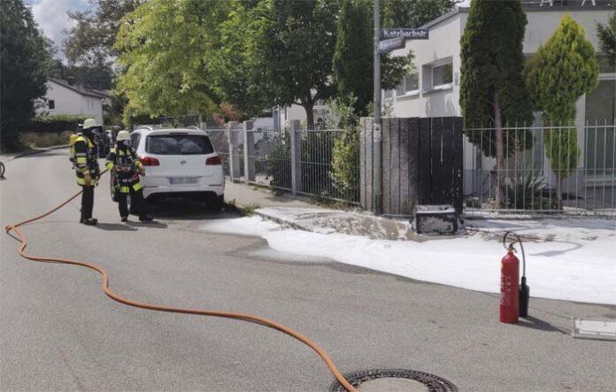 Forstenried: Stromkasten in Flammen - Bewohner ohne Strom