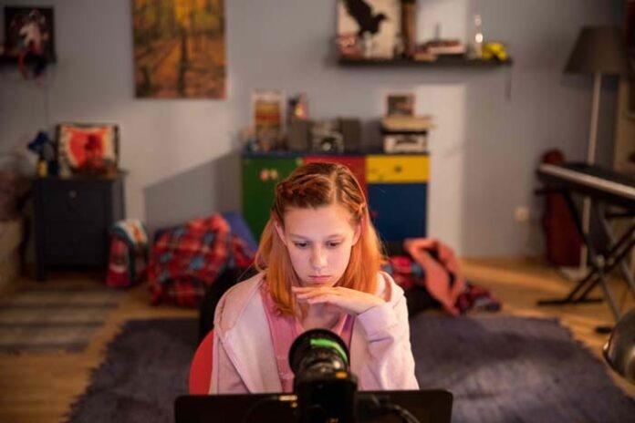 Ein Film, der aufrüttelt: Gefangen im Netz