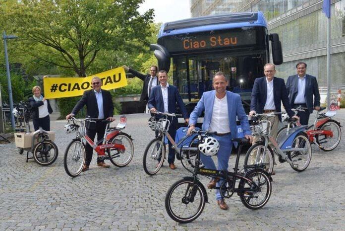 """Freie Fahrt mit MVG Rad und IsarCard bei der Aktion """"Ciao Stau"""""""