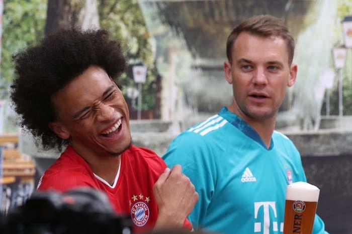 Triple, Tracht und Tradition - Das FC Bayern Lederhosenshooting 2020