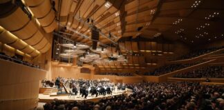 Ab jetzt dürfen 500 Besucherinnen und Besucher zu Konzerten in der Philharmonie