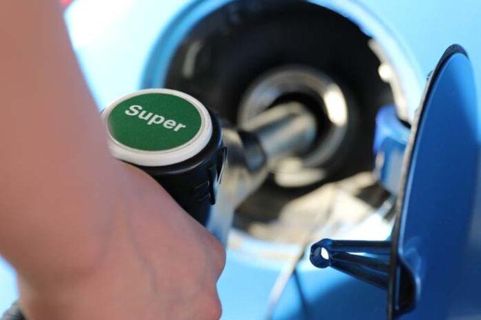 Preisdifferenz zwischen Benzin und Diesel wächst