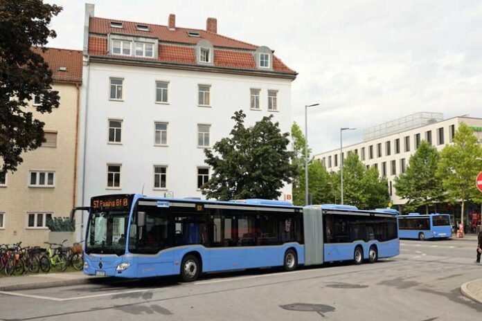 Mehr Platz: MVG erprobt Großraumbus CapaCity