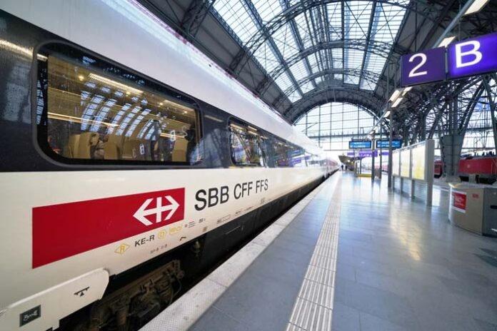 DB und SBB bauen das Bahnangebot zwischen Deutschland und der Schweiz weiter aus