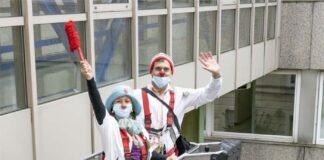 KlinikClowns steigen in die Höhe