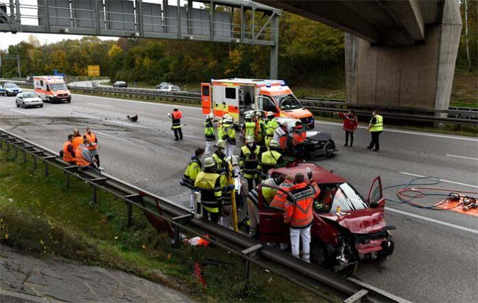 A99 Fahrtrichtung Lindau: Verkehrsunfall sorgt für langen Stau