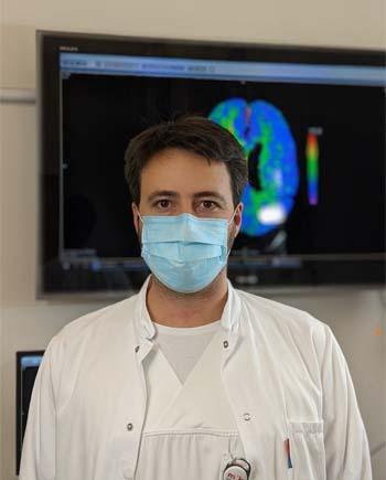 Dr. Dennis Dietrich, Oberarzt der Klinik für Neurologie und neurologische Intensivmedizin in der München Klinik Harlaching. Bildnachweis: München Klinik.