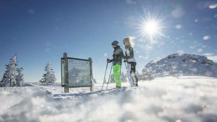 Langlaufen und Schneeschuhwandern im Bayerischen Wald
